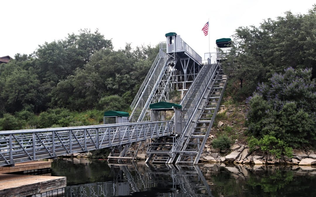 Showcase System: NorthShore Marina Lake Tram Systems