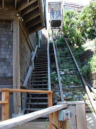 Marine Innovations Residential Incline Elevator