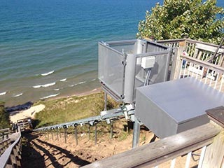 Marine Innovations Residential Lake Elevator